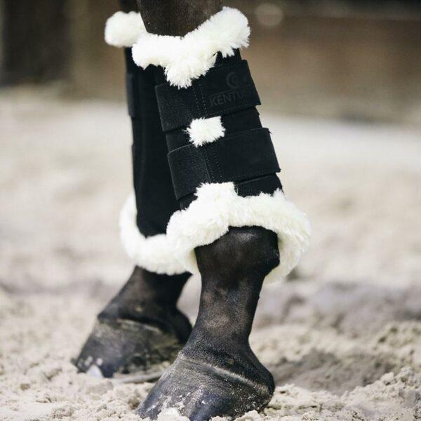Kentucky air strykkappa fårskinn svart