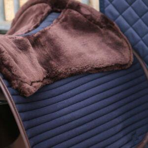 Schabrak skin friendly Kentucky Horsewear mörkblått detalj